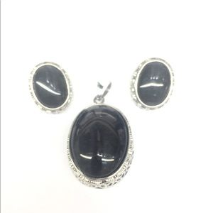 Stainless Steel set of Pendant And Earrings
